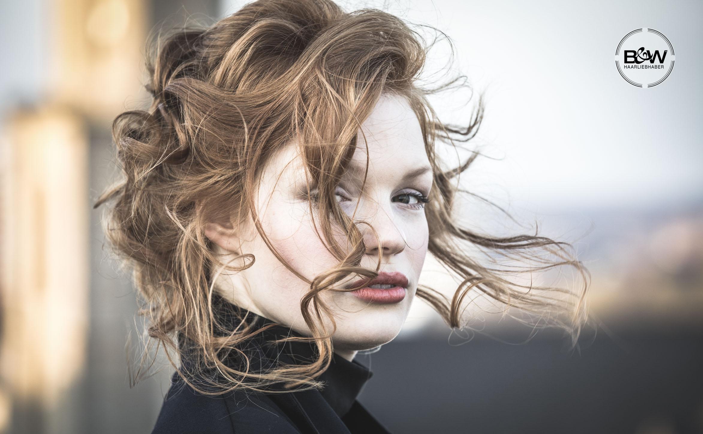 41_B&W-Friseure_Haarliebhaber_Friseur-Dortmund_Kosmetikprodukt_beste-Haarpflege_bester-Friseur_Malvins_at-malvins_Haar_styling_Deutschland_haarliebhaber