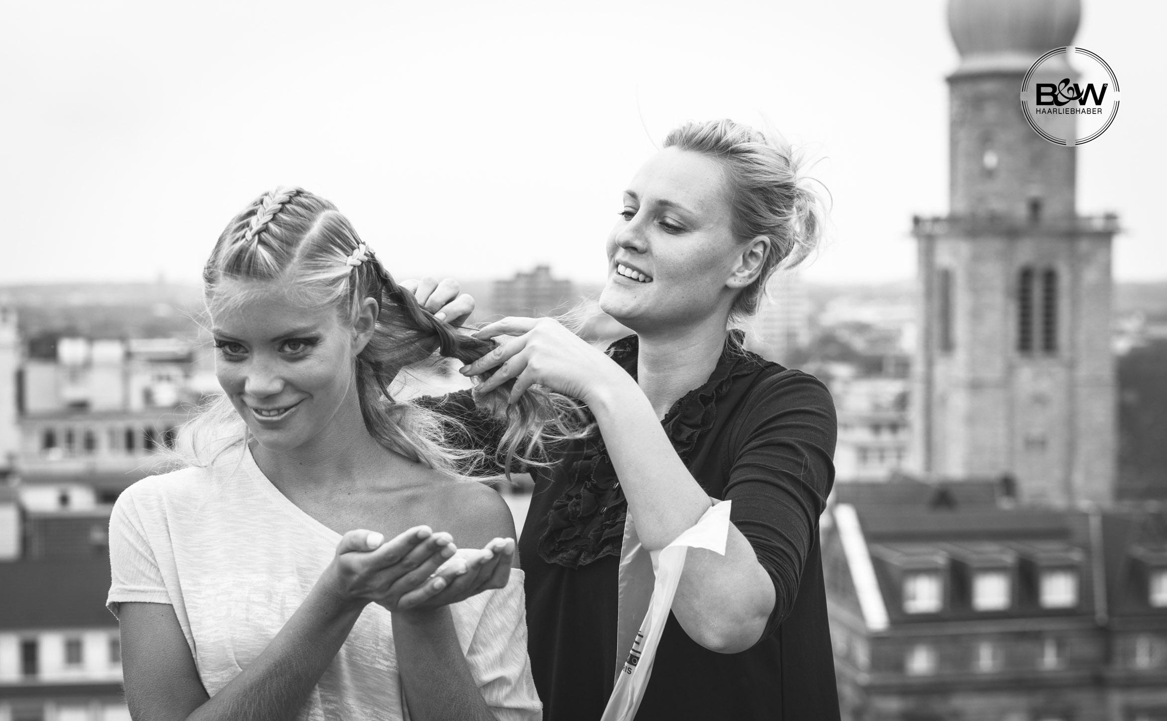 46_B&W-Friseure_Haarliebhaber_Friseur-Dortmund_Kosmetikprodukt_beste-Haarpflege_bester-Friseur_Malvins_at-malvins_Haar_styling_Deutschland_haarliebhaber